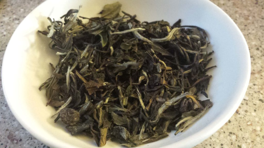 52Teas_black_currant_white_peony_leaf